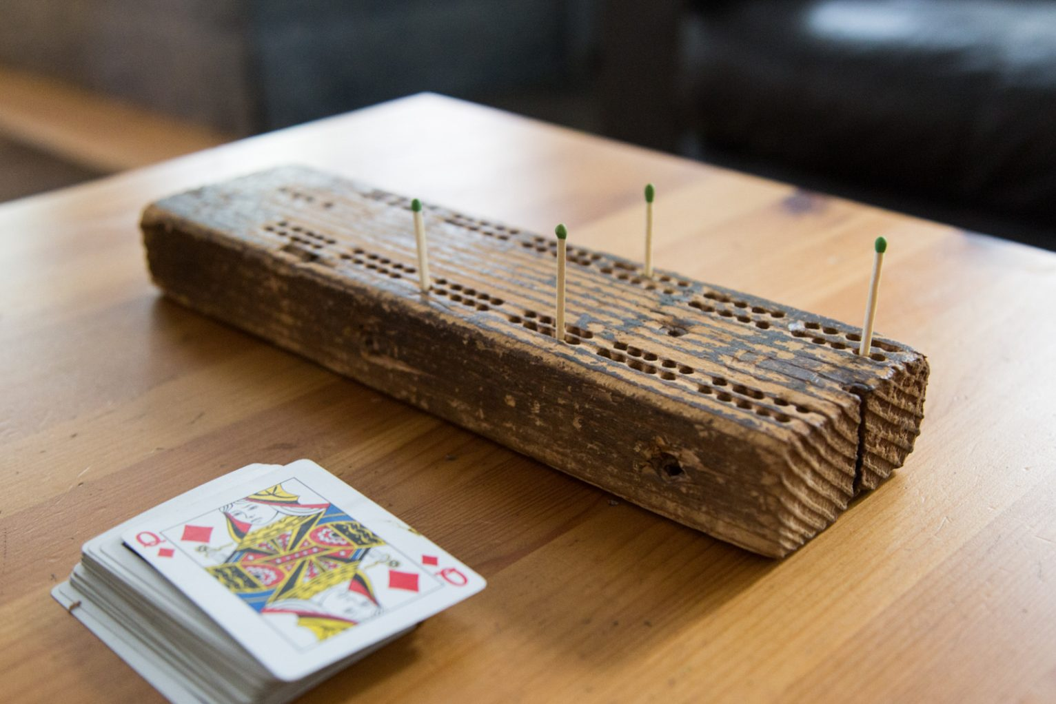 A picture a Cribbage game