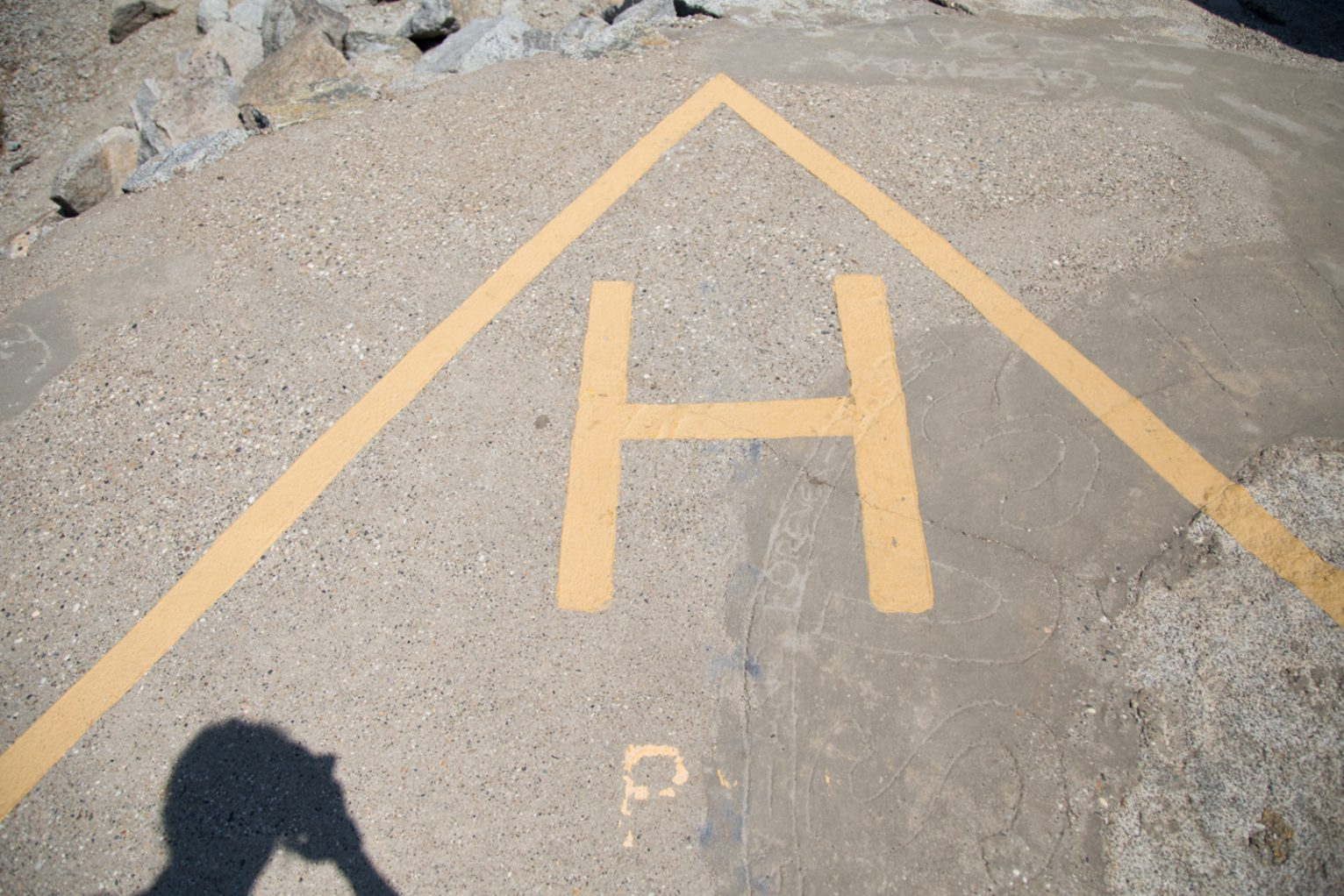 Markings for the helipad at the dam