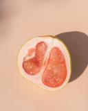 Sliced pink pomelo fruit